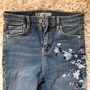 TOPSHOP JAMIE Floral Jeans- High Waisted